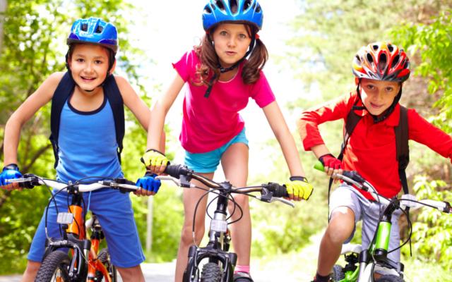 Kindergeburtstag_Fahrradfahren_Kinder