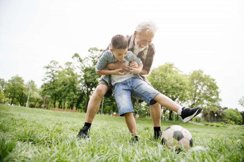 Fußballübungen, Kinder, Fußball, Familie
