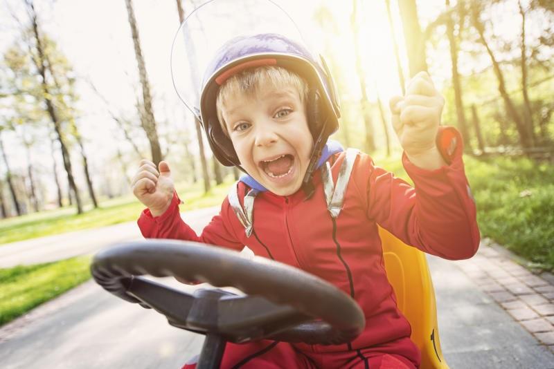 Rücklagen, Kidspolice, Junge, Helm